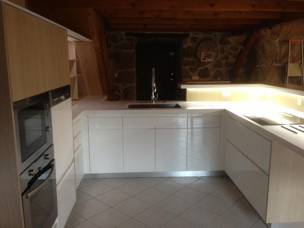 cuisine-blanc-bois-clair-02