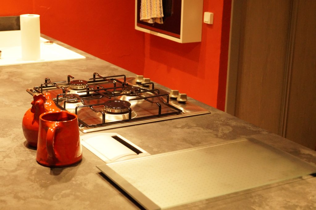 cuisine-rouge-noire-01