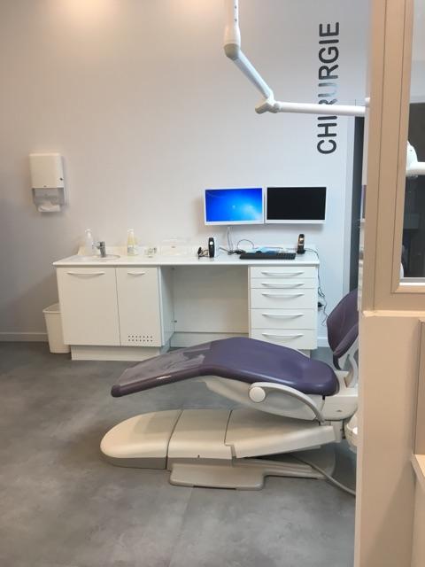 Fabrication de mobilier dentaire