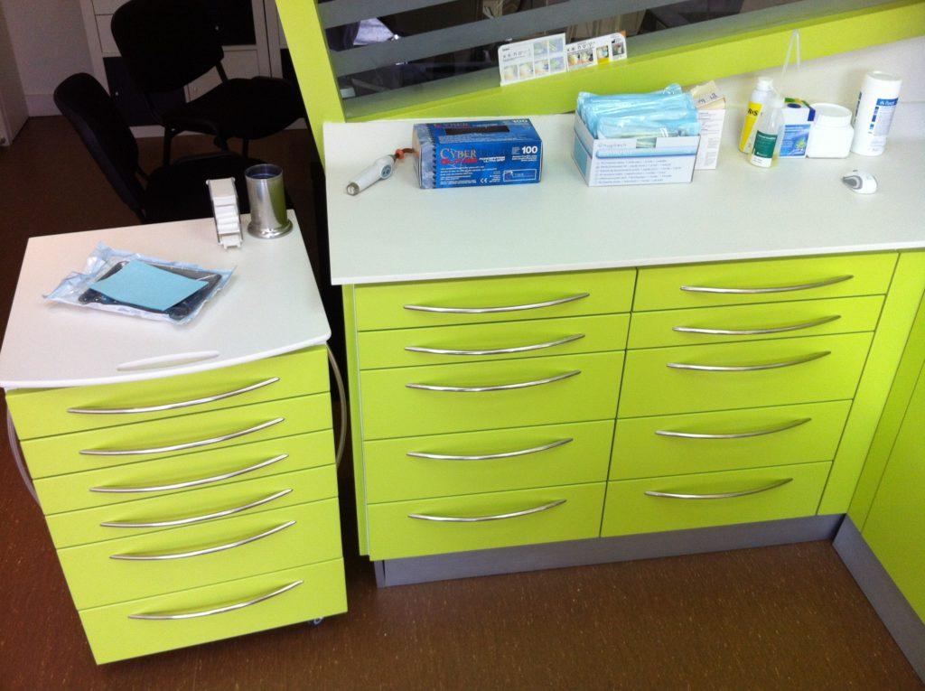 Mobilier médical et dentaire