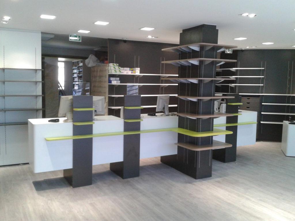 Agencement de mobilier dans une pharmacie